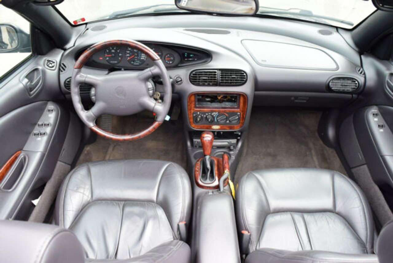 Autos nach Chrysler Stratus