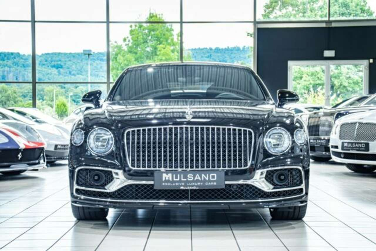 Autos nach Bentley Continental-based Flying Spur W12 S