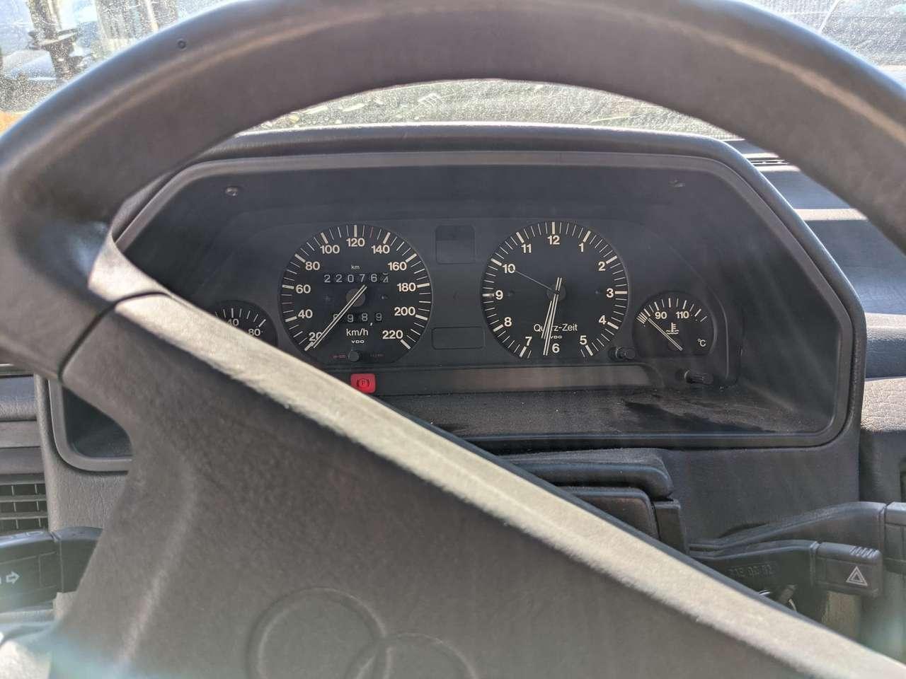 Autos nach Audi 100