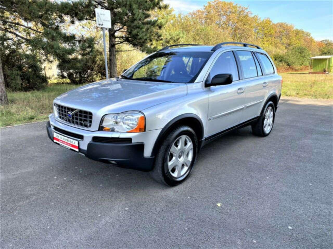 Autos nach Volvo XC90 V8 AWD