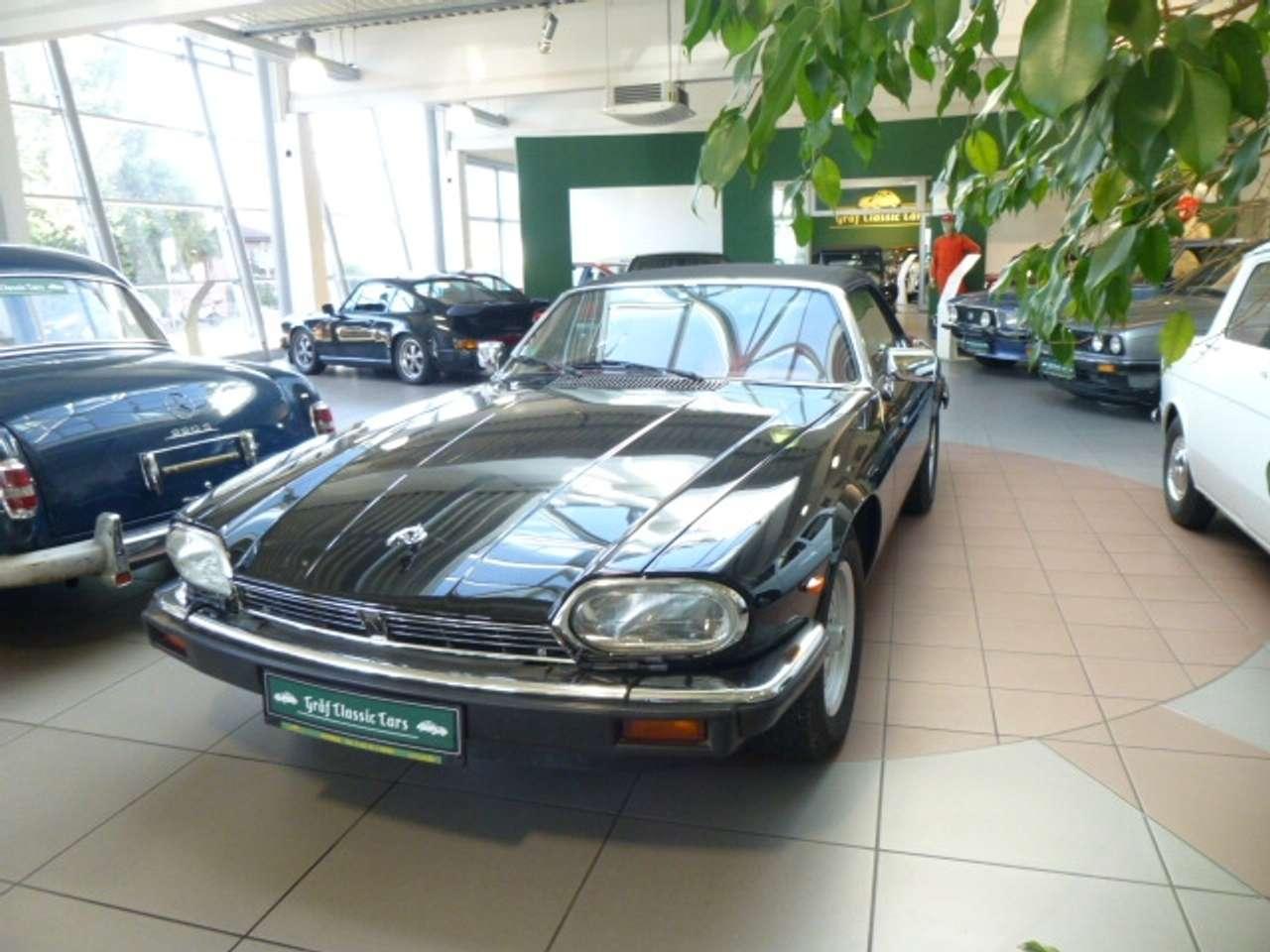 Autos nach Jaguar XJS V12