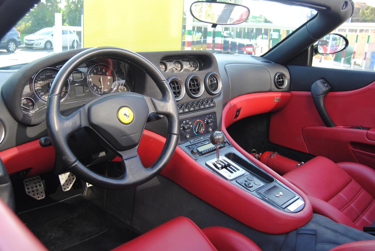 Coches por Ferrari 550
